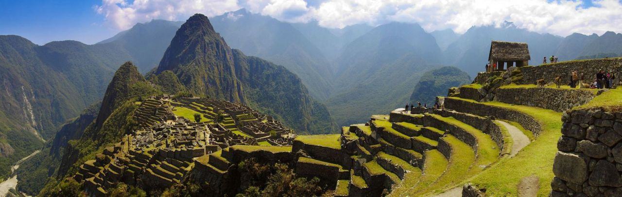 peru-machu-picchu-guard-house-and-wayna-picchu-pano_ltl.jpg